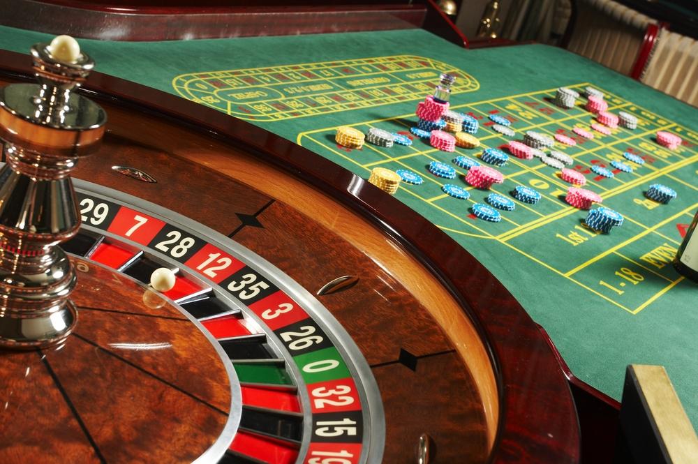 front door cover gambling