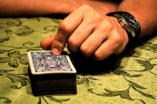why-you-lose-pretty-much-every-time-you-play-blackjack